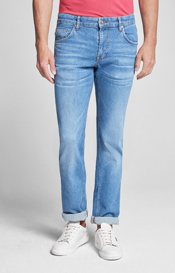 Jeans Roy in Light Washed Blau