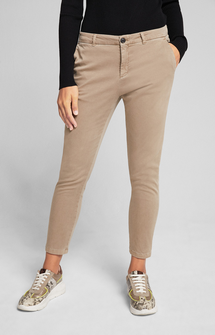 Chino Sahra in Dark Beige