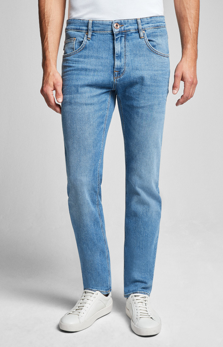 Jeans Roy in Stonewashed-Blau