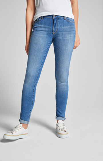 Jeans Sue in Light Blue Washed